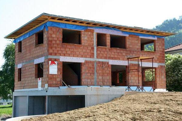 农村自建房要遵循三项规定,若是违背可能会被无偿拆除