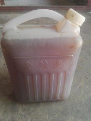 这是一张关于纯粮食醋的产品图片