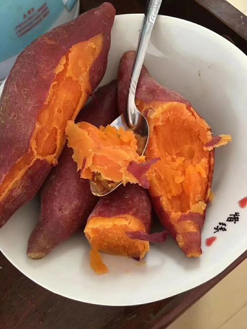 红心红薯 红皮 3两以上