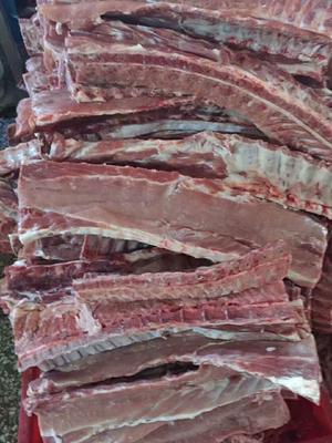 这是一张关于猪排骨的产品图片