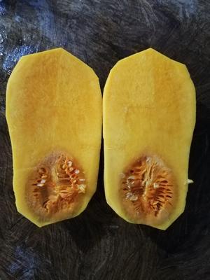 湖北省湖北省仙桃市奶油南瓜 1~2斤 长条形
