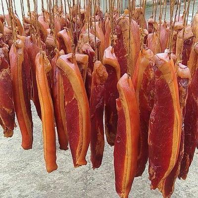 这是一张关于四川腊肉 袋装 的产品图片