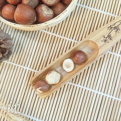 吉林省白山市靖宇县榛子 6-12个月 散装