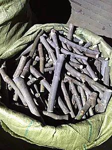 这是一张关于无花果枝条 25~30cm的产品图片