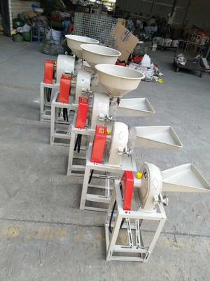广东省广州市白云区磨粉机
