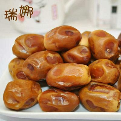 这是一张关于黄金椰枣 一级的产品图片