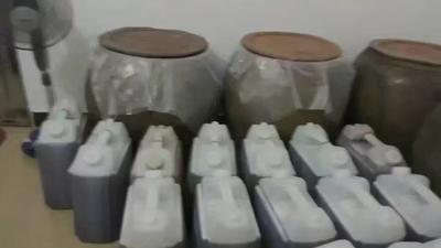 广西壮族自治区钦州市灵山县土蜂蜜 桶装 2年以上 100%