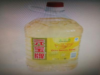 这是一张关于精制豆油的产品图片