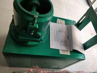 这是一张关于颗粒机的产品图片