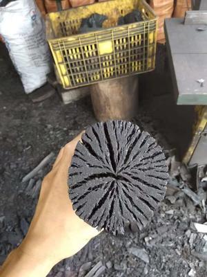 这是一张关于木炭  荔枝龙眼炭,果木炭,的产品图片