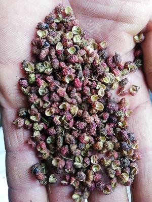 这是一张关于青花椒 二级 干花椒的产品图片