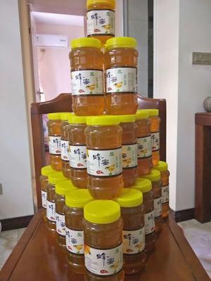 这是一张关于野生蜂蜜 塑料瓶装 2年以上 100%的产品图片