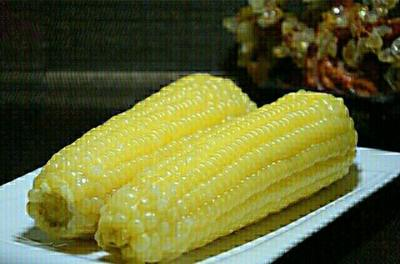 这是一张关于速冻糯玉米的产品图片