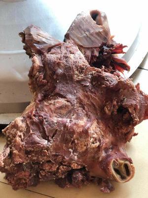 这是一张关于去皮牛头肉 的产品图片