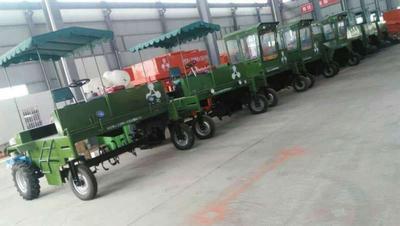 河南省鹤壁市淇滨区有机肥生产设备 地面翻堆机轮式翻堆机