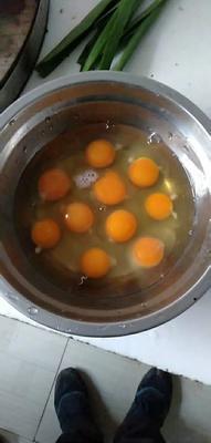这是一张关于土鸡蛋 食用 散装 的产品图片