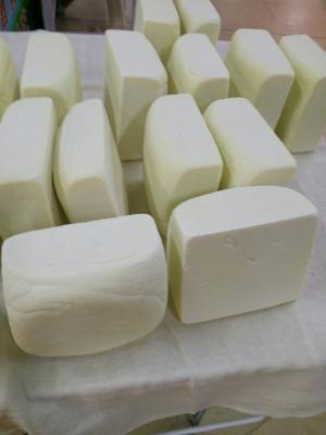 内蒙古自治区锡林郭勒盟锡林浩特市奶酪  3-6个月 冷藏存放 草原奶豆腐