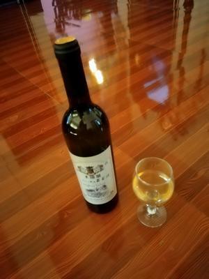 这是一张关于葡萄酒  关口原生态手工葡萄酒的产品图片