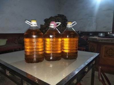 这是一张关于茶叶籽油 的产品图片