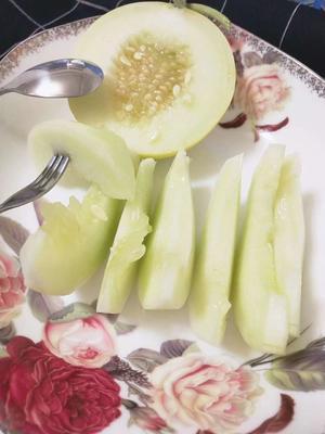 云南省德宏傣族景颇族自治州瑞丽市郁金香甜瓜 0.5斤以上