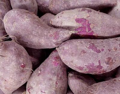 这是一张关于黄心红薯 3两以下 红皮 的产品图片