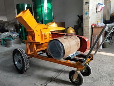 这是一张关于树枝粉碎机  大中小型圆木/木材/木头粉碎机的产品图片