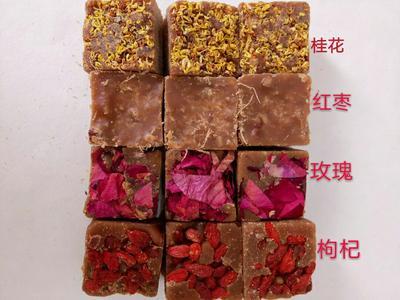 这是一张关于红姜糖  是女士饮用滋补佳品,欢迎订购。的产品图片