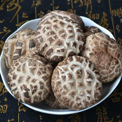 河南省洛阳市嵩县花菇 2.6 - 3.0cm 一级