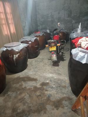 湖北武汉汉阳区纯粮白酒 50度以上 1-3年