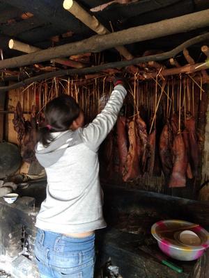 贵州省黔南布依族苗族自治州平塘县贵州农家腊肉 散装