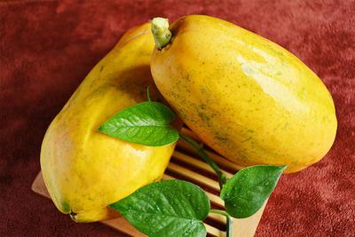 这是一张关于红心木瓜 1.5 - 2斤 的产品图片