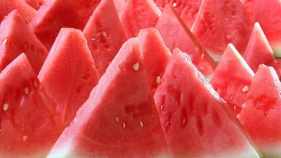 这是一张关于京欣西瓜 有籽 1茬 8成熟 5斤打底的产品图片