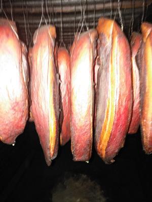 这是一张关于腊肉二刀肉 散装的产品图片