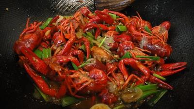 这是一张关于中国小龙虾 湖虾 7-9钱的产品图片