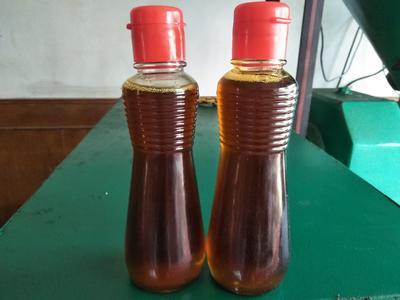 这是一张关于自榨纯菜籽油 4-4.5L的产品图片