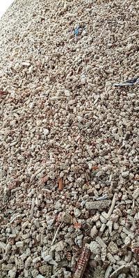 河南省漯河市源汇区粮食收购站过筛的碎玉
