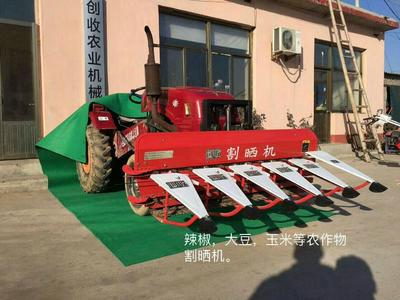 河北省邢台市巨鹿县收割机