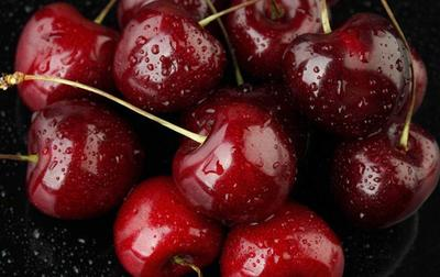 这是一张关于美早樱桃 26-28mm 12-15g的产品图片