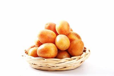 广东省广州市天河区鸡心黄皮 球型