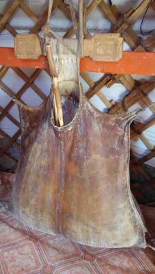 内蒙古自治区鄂尔多斯市乌审旗马奶 3-6个月 冷藏存放