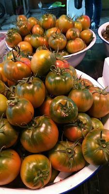 辽宁省丹东市振兴区草莓柿子 3 - 4两以上