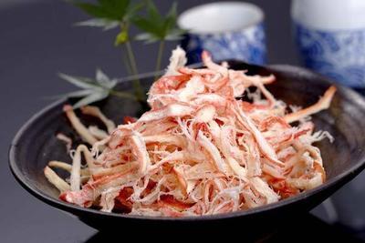 这是一张关于鱿鱼丝的产品图片