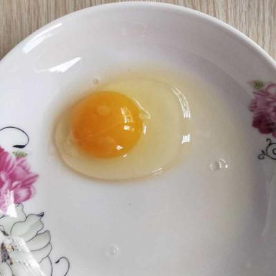这是一张关于土鸡蛋 礼盒装 食用 的产品图片