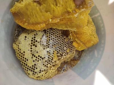 这是一张关于蜂蜜批 桶装 2年以上 100% 的产品图片
