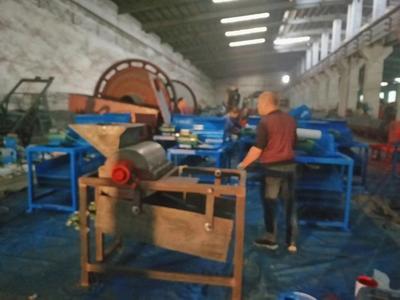 这是一张关于剥壳机 河南建矿油茶果剥壳机,油茶籽脱壳机的产品图片