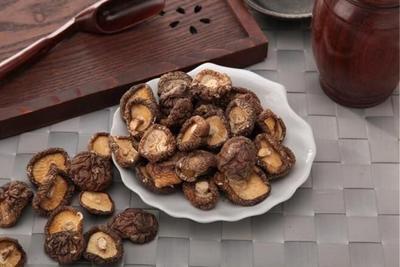 陕西商洛椴木菇 散装 1年以上