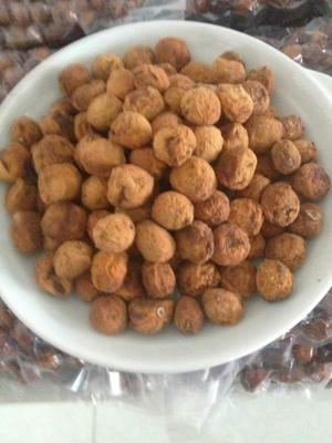 新疆维吾尔自治区伊犁哈萨克自治州霍城县树上干杏 40-45mm