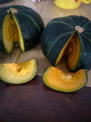 这是一张关于贝贝南瓜 0.7~1.0斤 扁圆形的产品图片