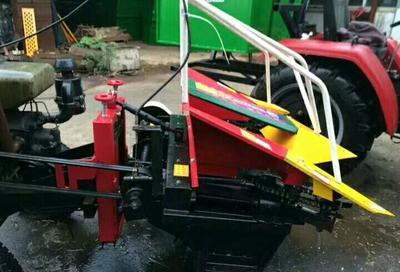 山东济宁收获机械 小型玉米收割机