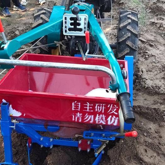 开沟起垄机  手扶拖拉机开沟施肥一体机
